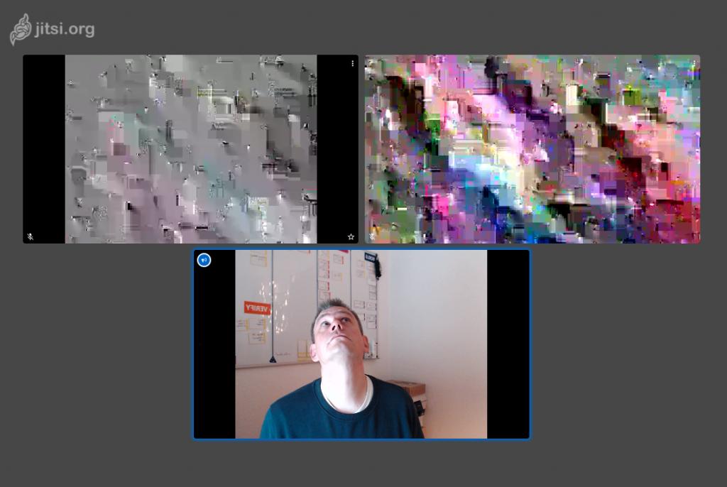 Verschlüsselte Videokonferenz mit einem dritten Teilnehmer